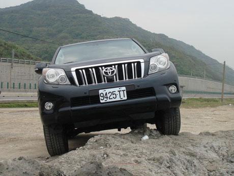 Toyota Land Cruiser Prado 2010 có gì mới?