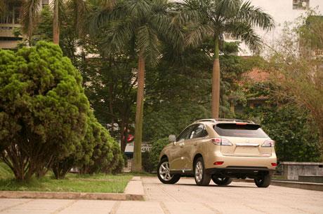 RX350 2010: Crossover chuẩn mực của Lexus