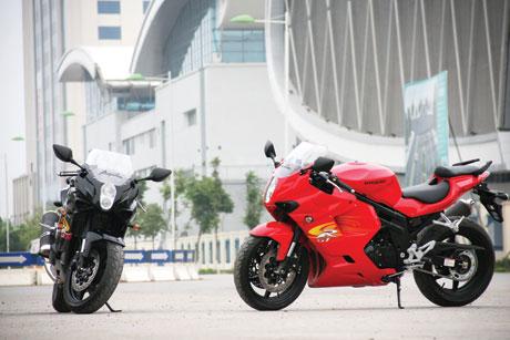 """""""Cưỡi gió"""" cùng Hyosung Aquila GT650R"""
