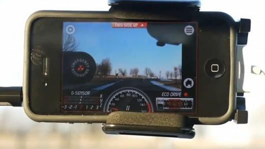 Biến iPhone trở thành hộp đen của ôtô