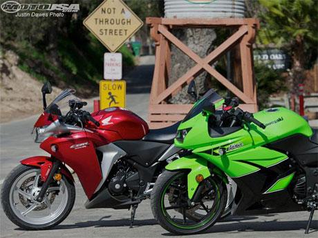 Honda CBR250R vs Kawasaki Ninja 250R 2011