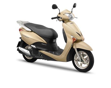 Honda VN giới thiệu LEAD phiên bản 2011