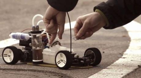 DAlH2Orean – Xe mô hình không khí thải