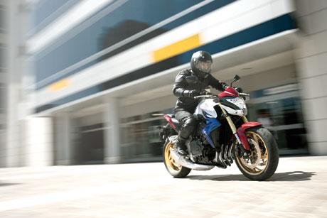 Honda CB1000R 2011 sắp về Việt Nam