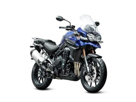 Triumph giới thiệu 3 mẫu xe mới cho năm 2012