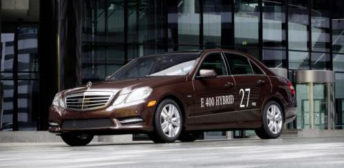Mercedes-Benz Cho ra mắt E-Class hybrid mới