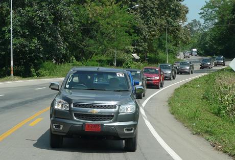 Chevy Colorado trong một hành trình caravan ở Chiang Rai