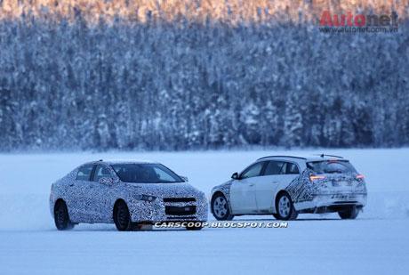 Nhiều khả năng GM sẽ tung ra đồng thời cả hai phiên bản sedan và hatchback cho Chevrolet Cruze thế hệ mới