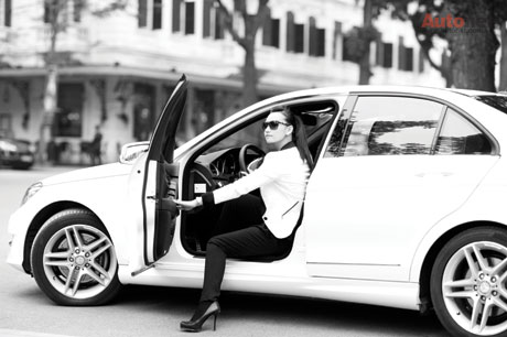 Lã Thanh Huyền rất ưa chuộng thương hiệu Mercedes - Benz