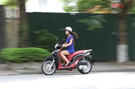 Xe khá bốc từ tốc độ 20km/h đến khoảng trên 60km/h