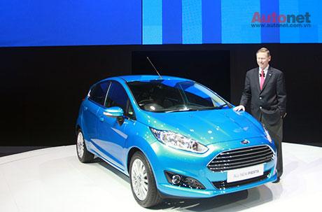 Ford Fiesta trang bị động cơ EcoBoost 1.0L và CEO Alan Mulally tại triển lãm xe Bangkok 2013