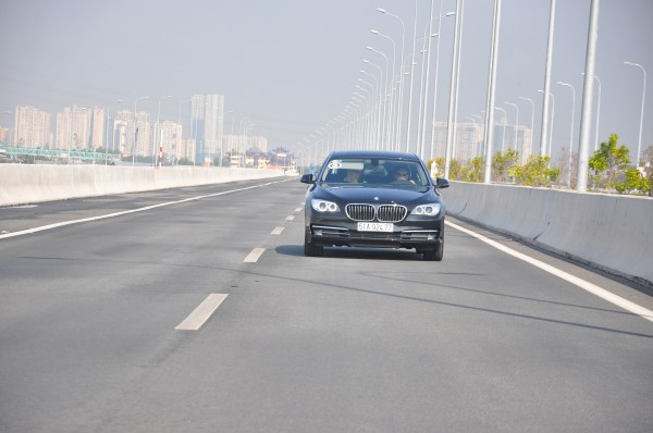 Travel through Vietnam with BMW: The first day