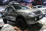 Mitsubishi Triton và Nissan Navara 2015 cùng ra mắt tại Thái Lan