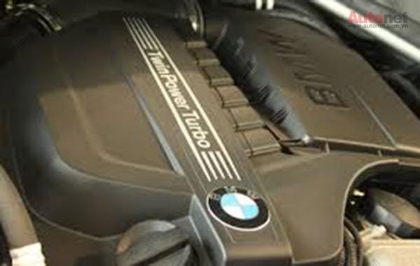 Các hãng sản xuất xe hơi đều khuyến cáo khách hàng nên sử dụng loại dầu nhớt nào phù hợp cho xe