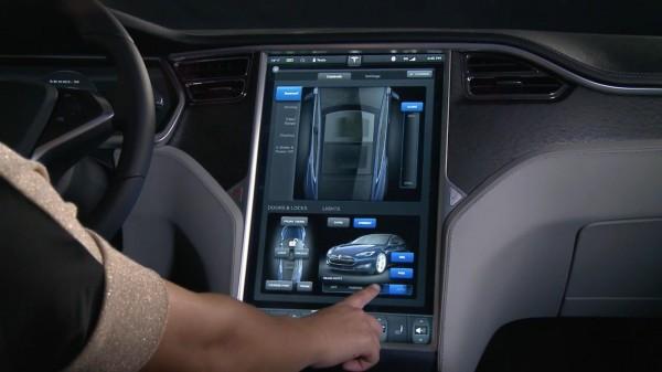 Các nhà sản xuất xe cần chú trọng hơn đến các giao thức bảo mật trên sản phẩm của mình