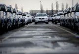Ngưng sản xuất liên tục, Toyota bị Volkswagen vượt mặt