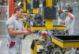 Mercedes-Benz đầu tư 3,3 tỉ USD chế tạo động cơ mới