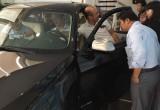 Chuyên gia BMW chăm sóc chu đáo khách hàng mới