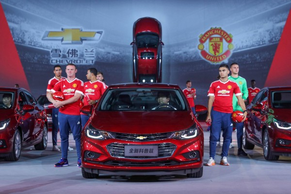 China-spec-2017-Chevrolet-Cruze-front-launch-event