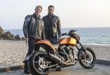 Tài tử Keanu Reeves chế tạo mô tô hơn 2 tỷ đồng