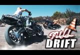 Màn biểu diễn drift ấn tượng của hai tay lái mô tô chuyên nghiệp