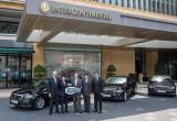 Mercedes-Benz bàn giao E-Class thế hệ mới cho InterContinental Saigon