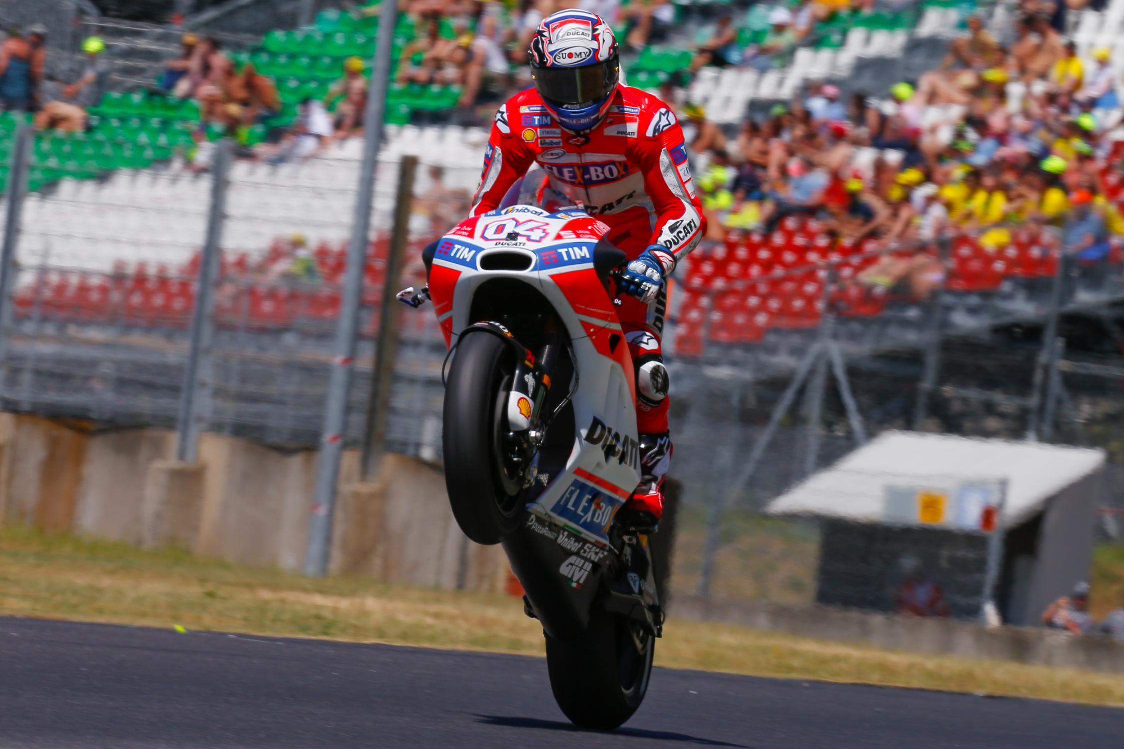 02890_gpmugello_motogp_action.gallery_full_top_fullscreen