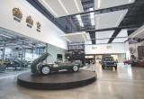 Jaguar Land Rover khai trương Trung tâm xe cổ lớn nhất thế giới