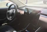 Nội thất Tesla 3: Đơn giản, hiệu quả