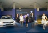 Volkswagen Việt Nam trình làng bộ đội Beetle Dune và Passat BlueMotion
