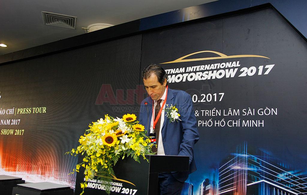 Ông Laurent Genet, Tổng giám đốc Audi Vietnam – đại diện ban tổ chức phát biểu thêm tại chương trình