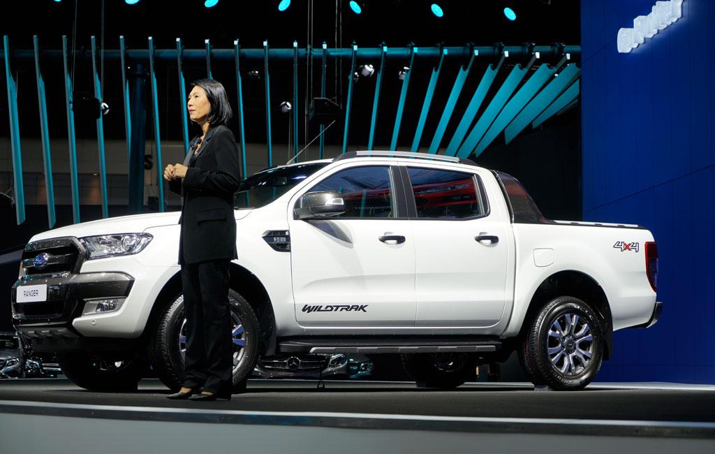 Gian hàng Ford khá nhạt nhoà với tông màu trắng. Hãng cũng chỉ sử dụng điểm nhấn là dòng Ranger Wildtrak tại đây - mẫu xe thực chất không xa lạ với người tiêu dùng khu vực
