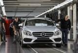 """Mercedes EV """"dẫm chân"""" C-Class tại Mỹ?"""