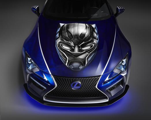 LC 500 in Black Panther (3)