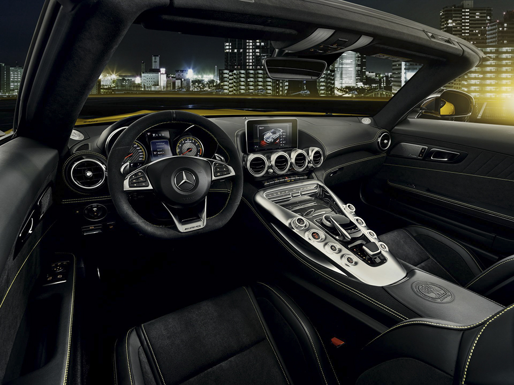 2019-mercedes-amg-gt-s-roadster-10