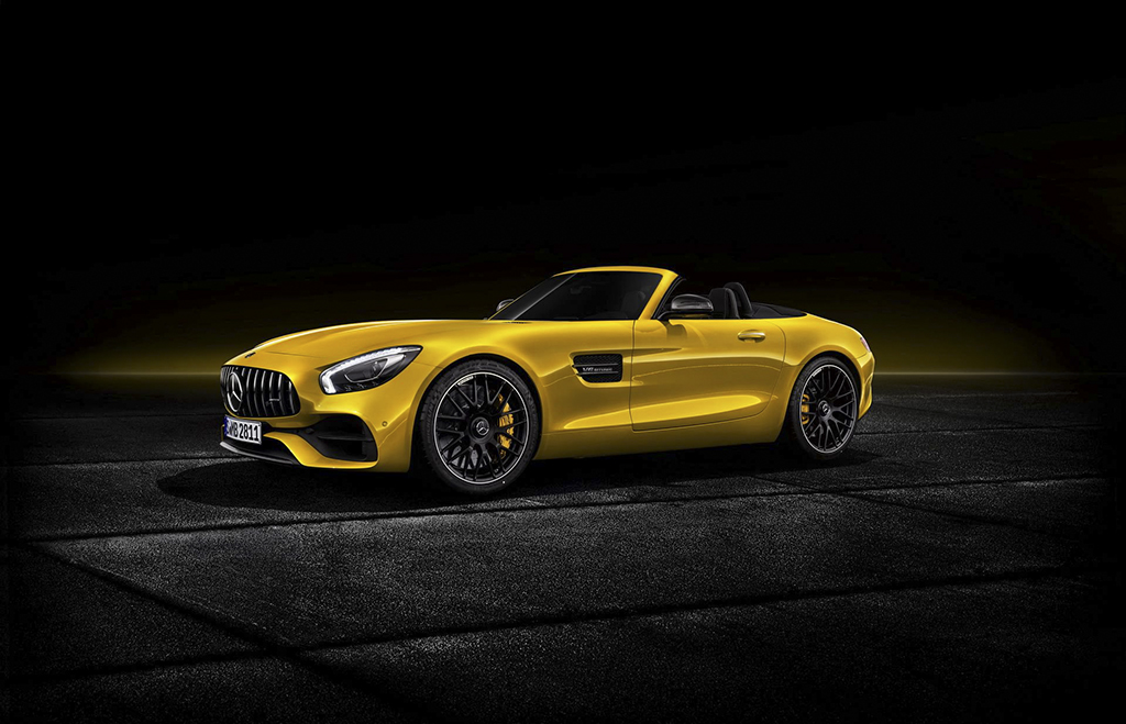 2019-mercedes-amg-gt-s-roadster-8