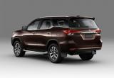 Toyota Việt Nam giới thiệu loạt xe phiên bản mới