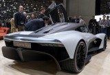 Aston Martin AM-RB 003: Nỗi sợ hãi của Ferari