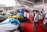 Hội chợ mua bán ô tô miền Nam khởi đầu sôi động