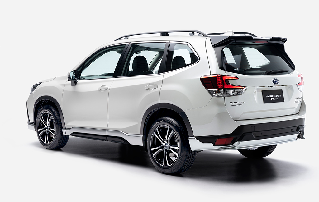 Forester-GT-Edition_back-45