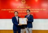 TGĐ Toyota Việt Nam nhận bằng khen của chính phủ và tỉnh Vĩnh Phúc