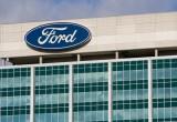 Ford và Fiat Chrysler tiếp tục gặp rắc rối về pháp lý