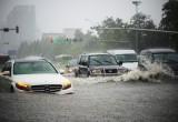 10 điều cần biết khi lái xe trên đường ngập nước