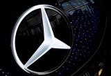 Daimler của Mercedes-Benz tăng gấp 3 lần doanh số bán xe điện
