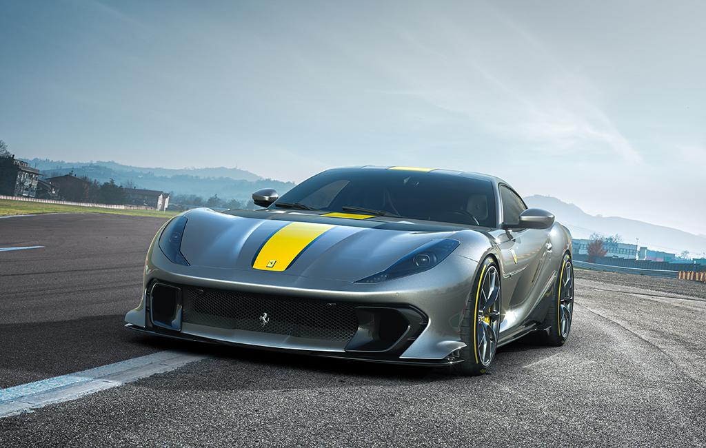 Ferrari_limited_series_V12_special_3